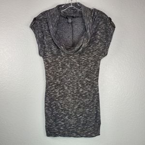 ❤️ Timing gray and black tunic cowl neck size: M